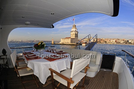 Private Bosphorus Sightseeing Cruise by ZOE YACHT